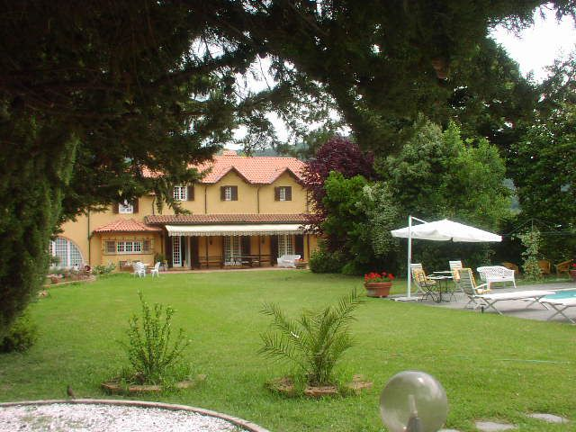 Villa Mary located in Versili, for special holidays in Tuscany.