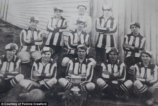 http://www.dailymail.co.uk/femail/article-2564786/Britains-WWI-female-football-team-Blyth-Spartan-Munitionettes-Northumberland-kept-pitch-spirits-high-Great-War-especially-Bella-Reay.html Blyth Spartans: Back, from left, Hannah Weir, Lizzie James, Nellie Fairless. Centre Row, Agnes Sample, Martha O'Brien, Bella Metcalfe. Front...
