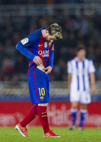 Lionel Messi of FC Barcelona reacts during the La Liga match between Real Sociedad de Futbol and FC Barcelona at Estadio Anoeta on November 27, 2016 in San Sebastian, Spain.