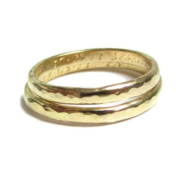 2 Trauringe in 750er Gelbgold von Kalicat Silber und Gold Schmuckdesign auf DaWanda.com
