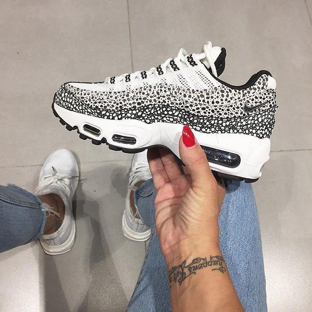Sneakers femme - Nike Air Max 95 (©ninidokovic)