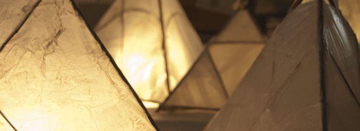 Paratiisisaari Lantern Installation | Valoa Oulu! 2014 | Lantern artist: Hanne Horte-Garner | Execution: school pupils, crafts groups | These lanterns were made of willow and silkpaper in a workshop | Photo: All rights reserved Inkeri Jäntti & Oulun kaupunki
