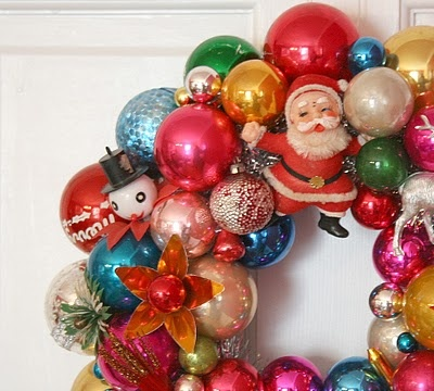 I have a wreath like this and it's my favorite wreath