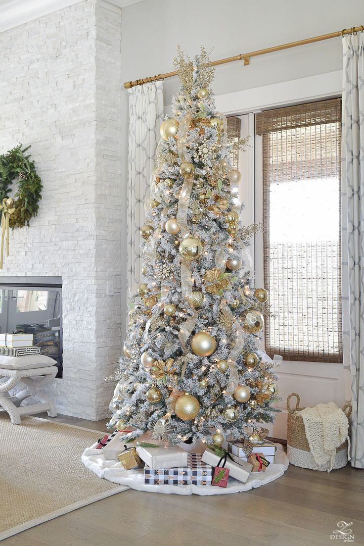 Decorate a white flocked christmas tree - Christmas Home Tour White And Gold Flocked Tree And More