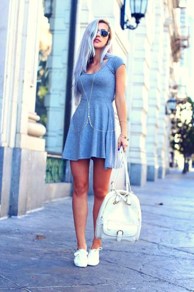 Vestidos de fiesta cortos con zapatillas