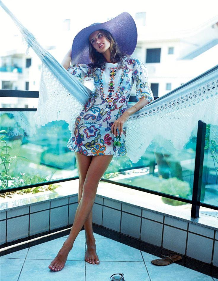 ecstasy_lover: ЛетоCarter Smith, Mrs. Carter, Alessandra Ambrosio, Beach Style, Floppy Sun Hats, Pretty Colors, Cute Hats, Love Photography, Big Hats