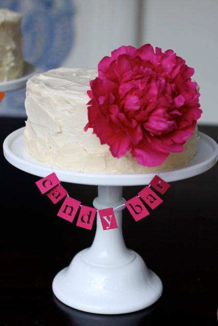 papel picado cake #hot pink @Camille Styles: Squares Cakes, Idea, Special Flavored, Candy Bar Cakes, Wedding Cakes, Separates Round, Gluten Intol, Cakes Buntings, Banners