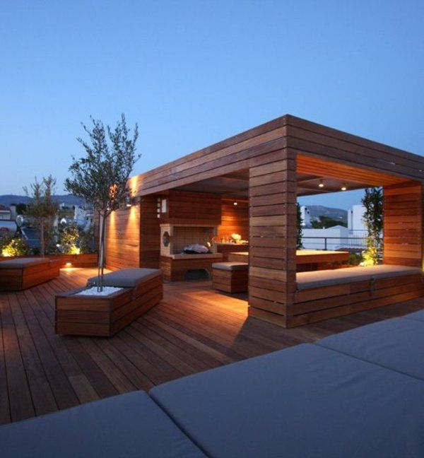 holzlaube auf dem balkon gelbe beleuchtung dekoideen outdoor inspiration pinterest. Black Bedroom Furniture Sets. Home Design Ideas