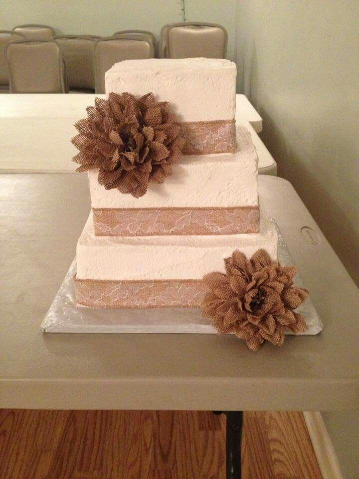 Square Wedding Cakes With Burlap
