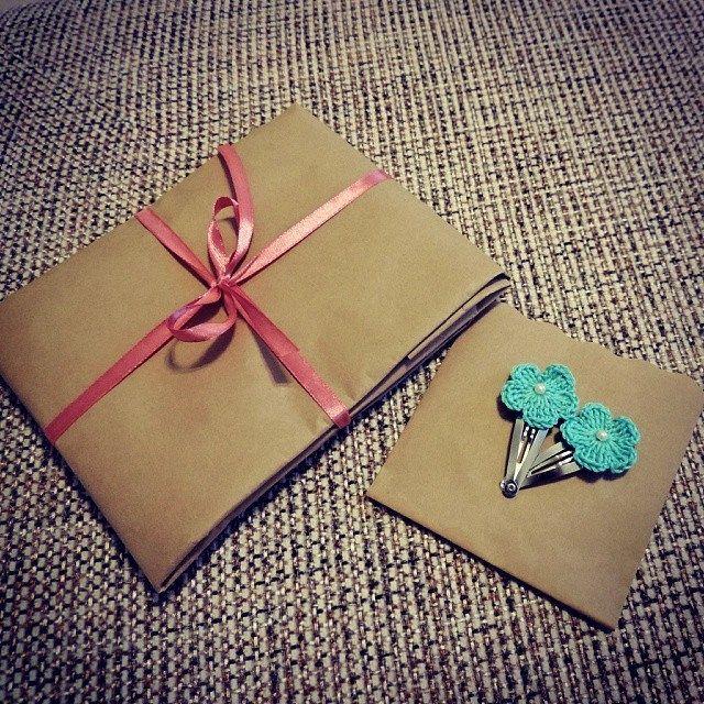 Отправила сегодня посылочку с вязаными сережками и подготовила для подружки нежные бирюзовые заколочки #Бусины #нитки #пряжа #вязание #явяжу #chochet #knitting #творчество #handmade #coisy #дляволос #заколки #бирюзовый #pretty #аксессуары #длядетей