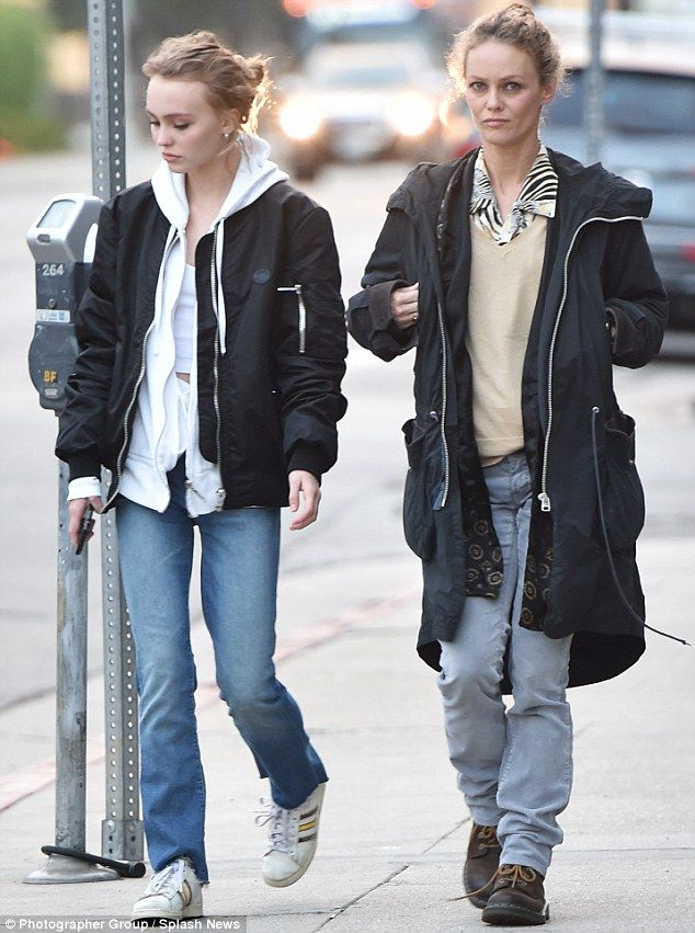 Johnny Depp's daughter Lily Rose hits shops with mom ...