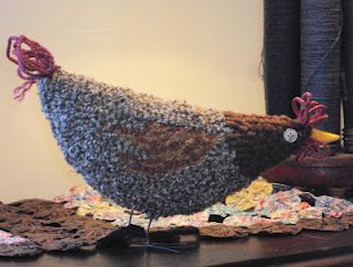 hooked chicken: Artsy Birds, Punched Rugs, Wool Stuff Rugs, Wool Rugs, Primitive Rugs, Hooked Rugs 3 D, Woolies Punchneedle, Rug Hooking Ideas, Rugs Animals