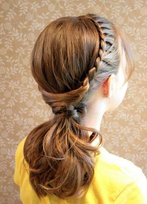 Hermoso peinado de trensa