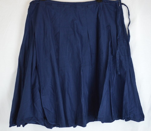 womens sz 12 hilfiger pleated navy blue skirt lined