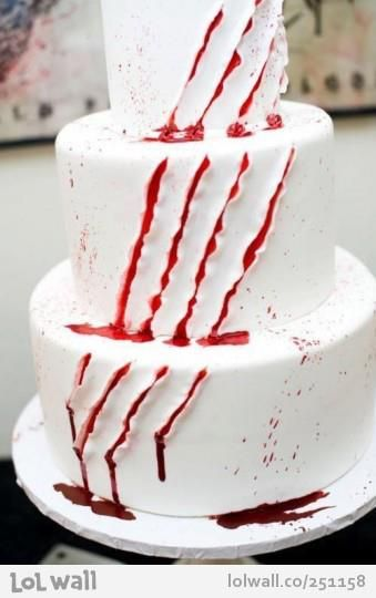 Awesome movie night cake idea! Maybe on cupcakes instead of a 3 tear cake. Lol