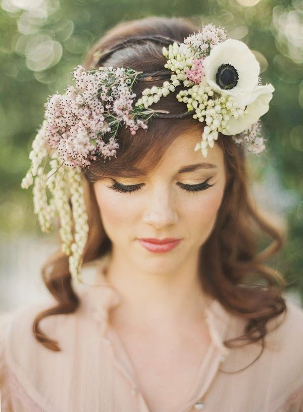 11 Most Lovely Floral Headpieces