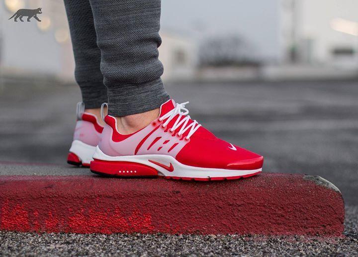 Nike Air Presto Comet Red On Feet
