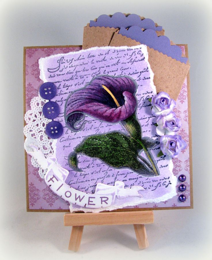Noor! Design stamp. flower. Coloured with PanPastel and distress inkt.