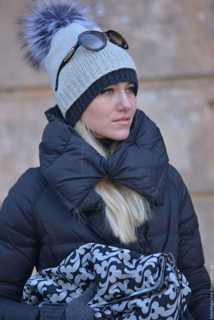 Вязаная шапка Montane Slouchy Hat 2-1 – купить или заказать в интернет-магазине на Ярмарке Мастеров | 2 в 1 - две шапки собраны в одну и украшены…