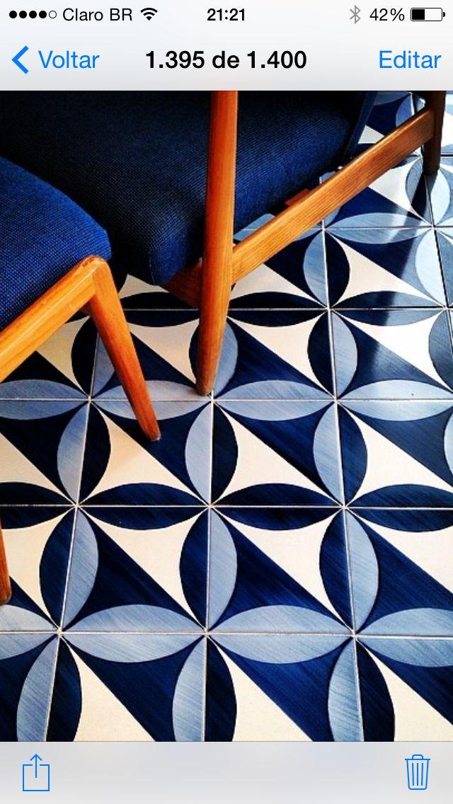 Oltre 25 fantastiche idee su pavimenti a mosaico su - Piastrelle gio ponti ...