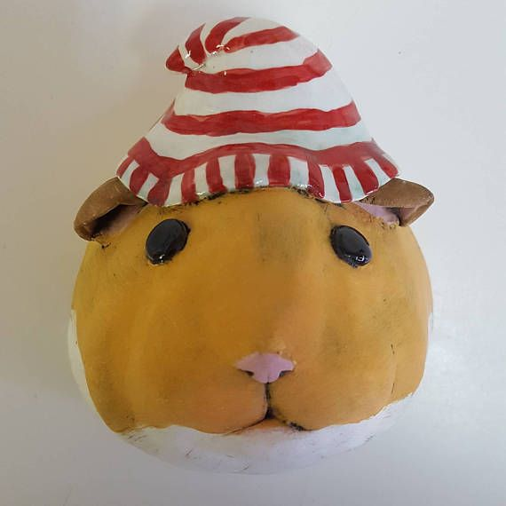 Willy Trophy Head ceramic hamster wall mounted head