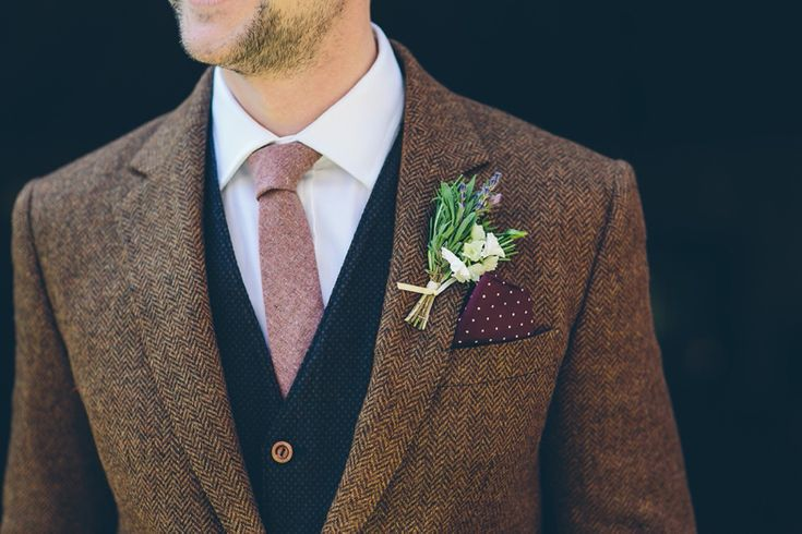 Groom tweed 3 piece suit
