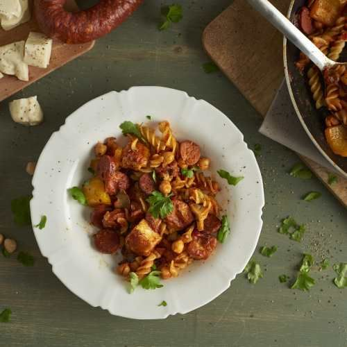 HomeStyle - Main courses - Chorizo, Halloumi and Tomato Pasta