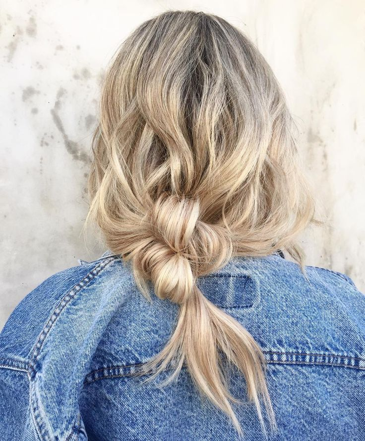 The 5 Best Spring Hairstyles Inspired by Instagram - Theorie TIED BOTTOM HAIRSTYLE