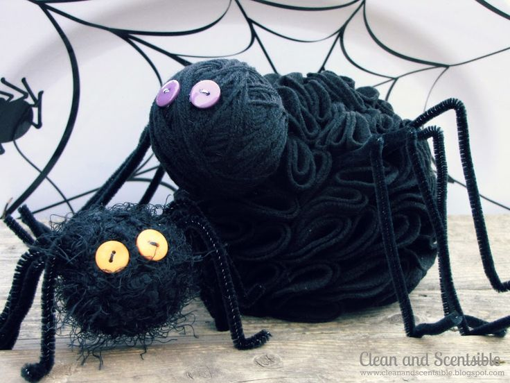 diy halloween decoration yarn spider