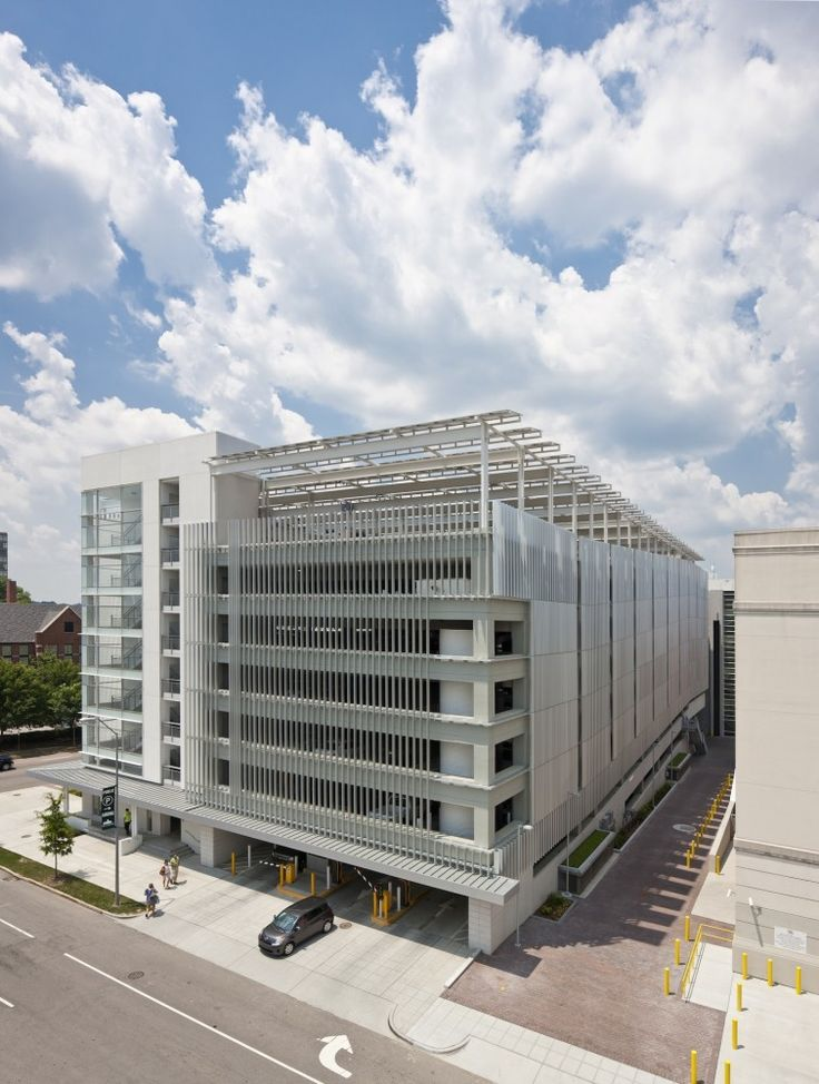 Green Square Parking Deck / Pearce Brinkley Cease   Lee
