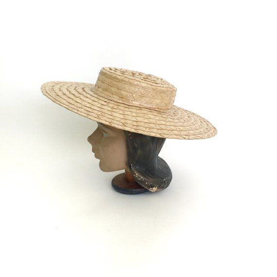a0ed13fcbc1 Wonderful 40 s sun hat. This hat features a wide