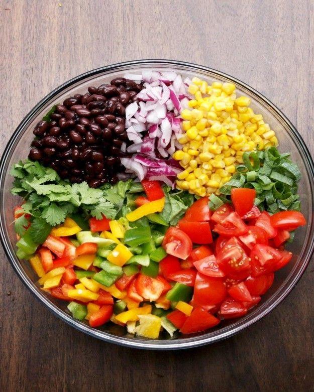 Southwestern Salad With Avocado Dressing - Ensalada del suroeste con aderezo de aguacate