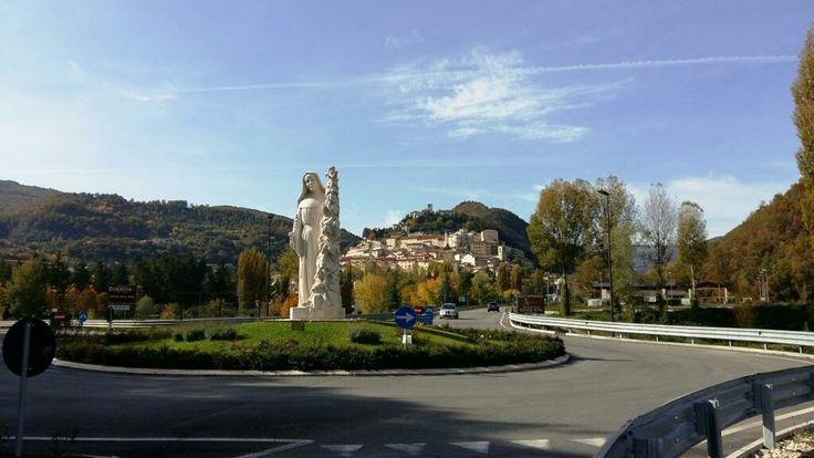Cascia   Patria della grande Santa Rita.  Visitabile anche su www.mondoscatto.net sezione Italia - Umbria.   #SantaRita #Cascia