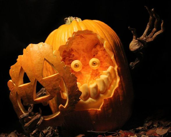 Best Creative Pumpkin Carvings Design In This Halloween 2017 14