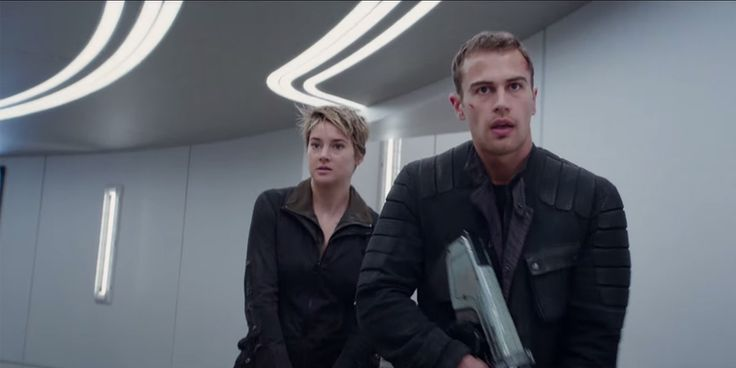 Divergent Movie Series News: Allegiant Ending Change Confirmed? Film Strays From Veronica Roth's Vision?  http://www.thebitbag.com/divergent-movie-series-news-allegiant-ending-change-confirmed-film-strays-from-veronica-roths-vision/116845