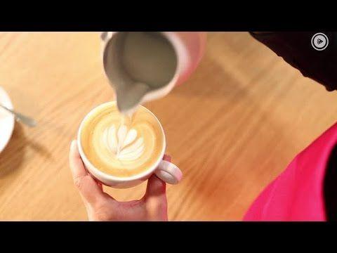 Barista-Tutorial: So gelingt Latte-Art - Milchschaum auch ohne Profi-Mas...