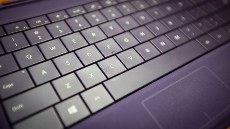 Oto krótka ściąga z korzystania z klawiszy funkcyjnych, o ile oczywiście korzystacie z Windowsa. Nie bez znaczenia jest też wersja programu, w którym chce poruszać się skrótami.