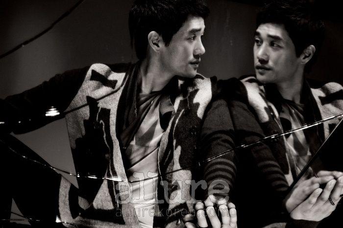 Allure 2010.10 - Yoo Ji Tae