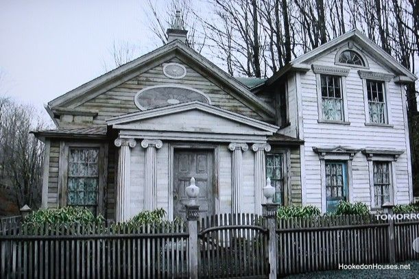 """""""The Bronson Pinchot Project:"""" Restoring Old Houses in a Small Pennsylvania Town"""
