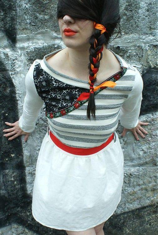 Ty-Gallery / biele šaty