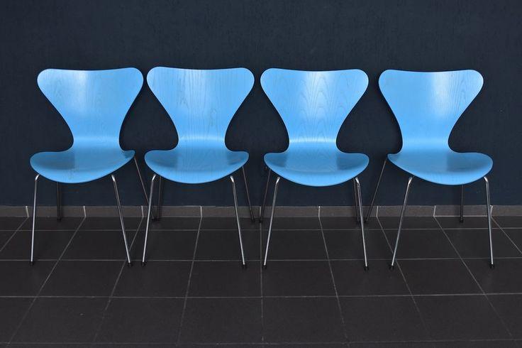 4x Fritz Hansen Stuhl 3107 blau Arne Jacobsen chair Stapelstuhl 44cm 1996