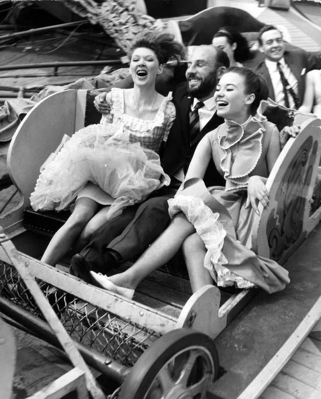 nteresting Vintage Pictures Show Funny Moments of People Riding on Roller-Coasters