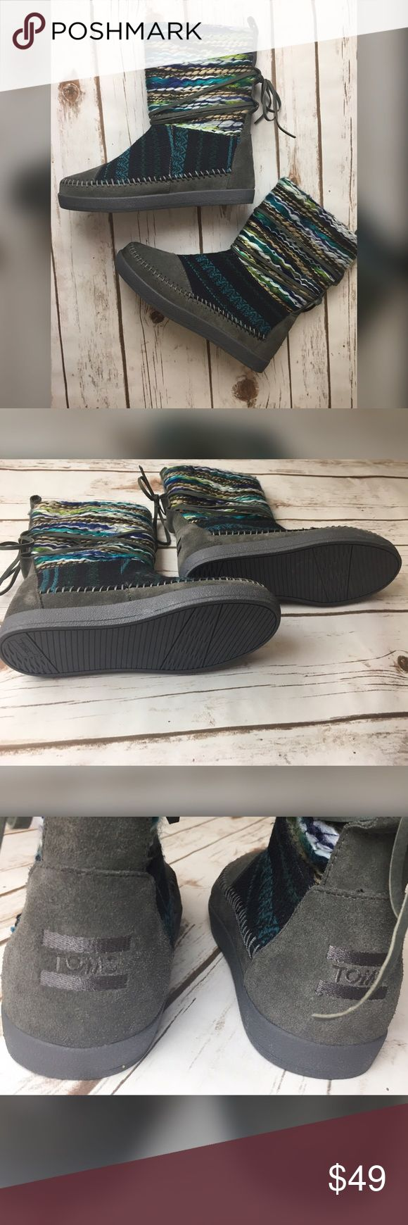 """New women's Toms Nepal boots size 5 Gorgeous women Toms """"Nepal boots"""" size 5. Woven Suede. New never worn TOMS Shoes Ankle Boots & Booties"""