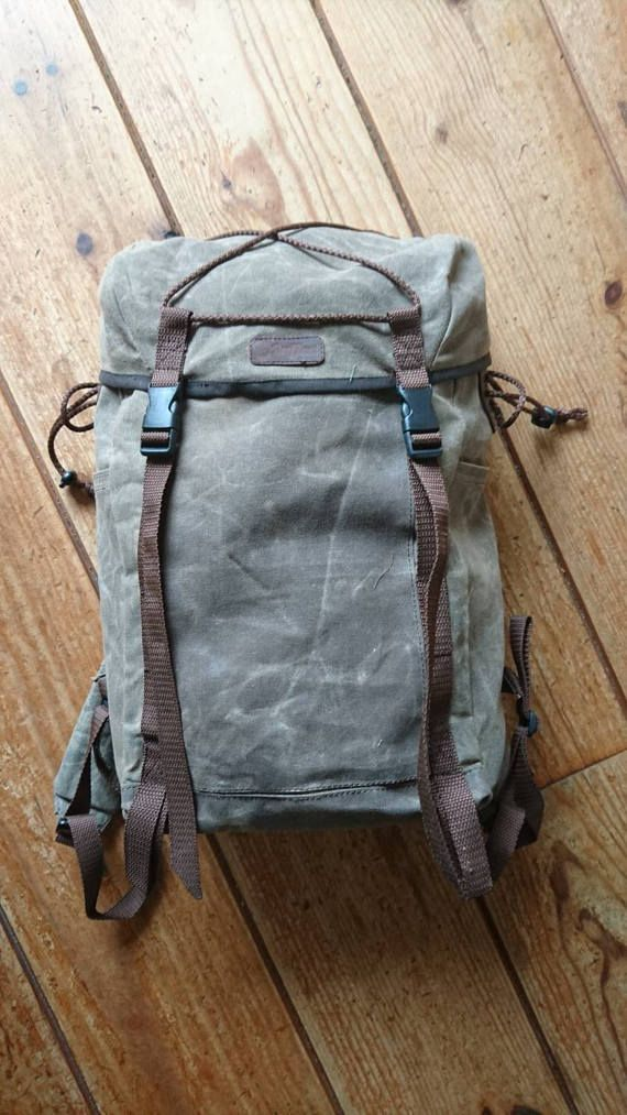 Bekijk dit items in mijn Etsy shop https://www.etsy.com/nl/listing/512193062/waxed-canvas-mountaineer-backpack-20l