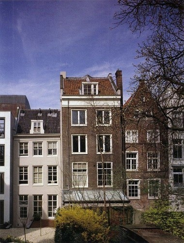 Went to go check out the Anne Frank House in Amsterdam, but I couldn't go in.  I could still feel the darkness there....