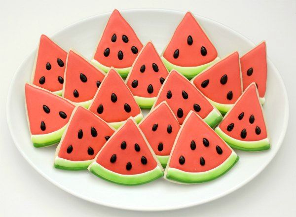 Watermelon Slice Cookies from @SweetSugarBelle {Callye Alvarado}