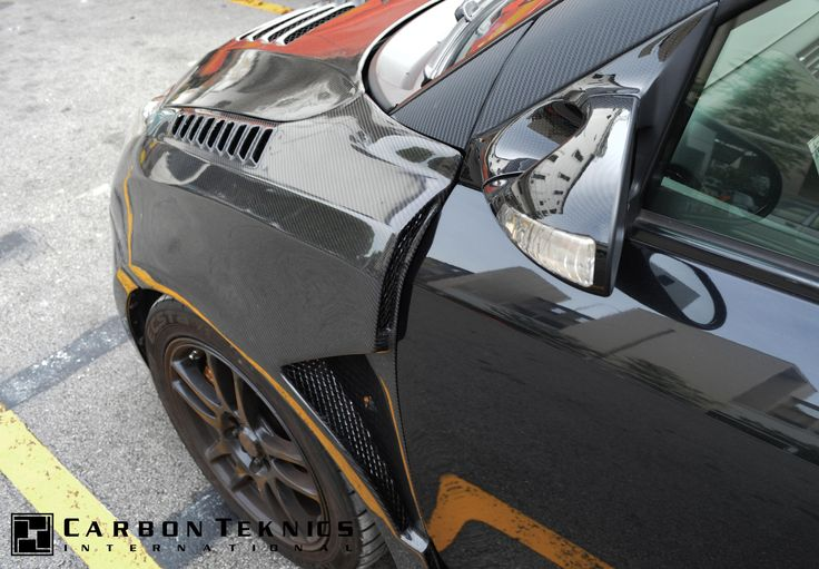 July 2014, Full carbon swift sports with TM style carbon fenders, CS style carbon hood and many other parts. Picture 12