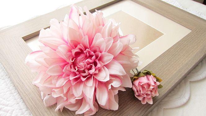 ダリアのヘッドドレス ピンク http://www.fleuriste-glycine.jp/