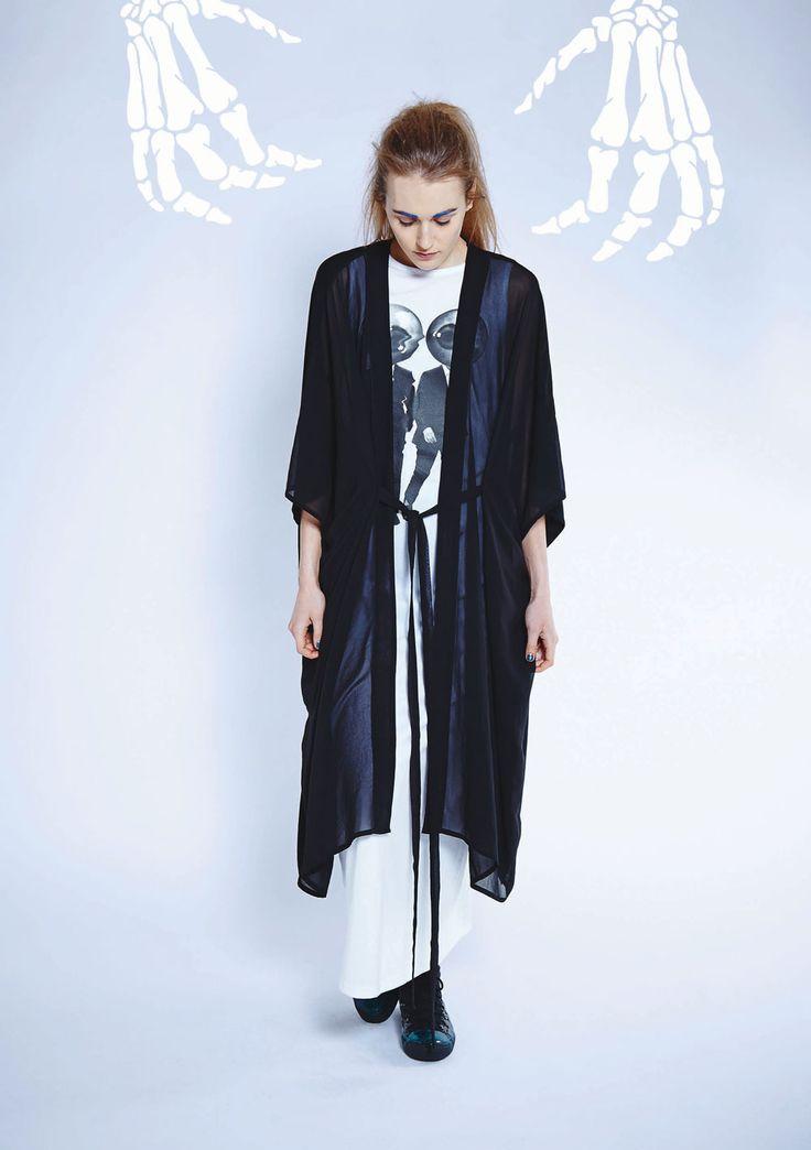 Maaike Clothing | New Zealand Scope Dress - White with Men Print, Perception Jacket - Black
