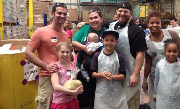 School's Out for the Summer: Summer Volunteer Opportunities for Kids!